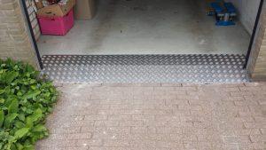 garage (na)